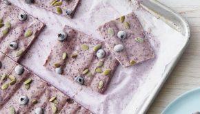 blueberry-pumpkin-seed-yogurt-bark